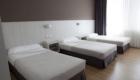 Hotel-Seminario-Habitacion-Triple2-700x467