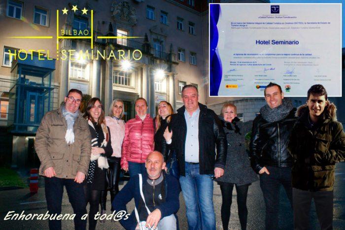 El equipo del Hotel Seminario Bilbao celebra el premio SICTED a la calidad turistica